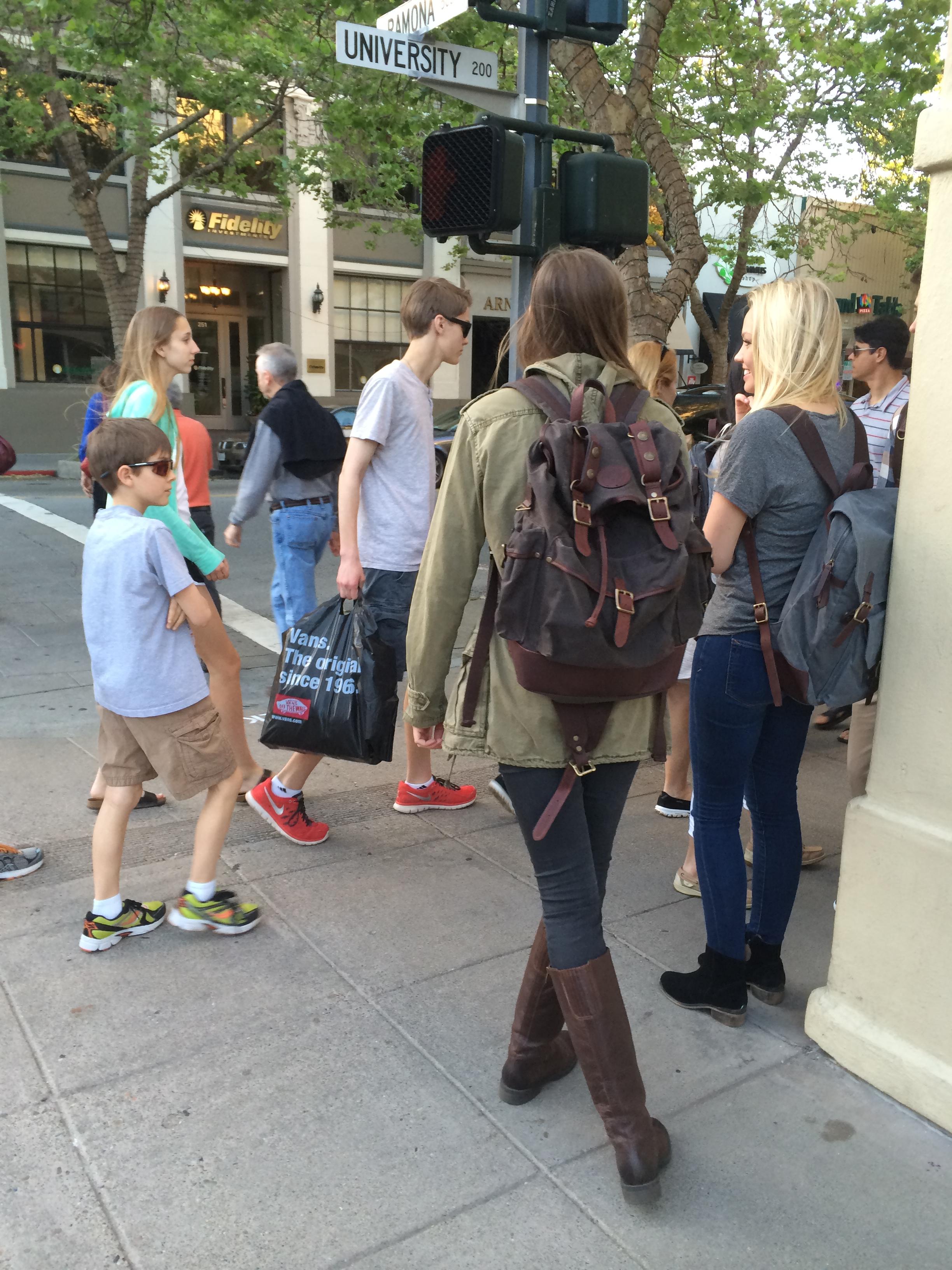 backpack women's (131)