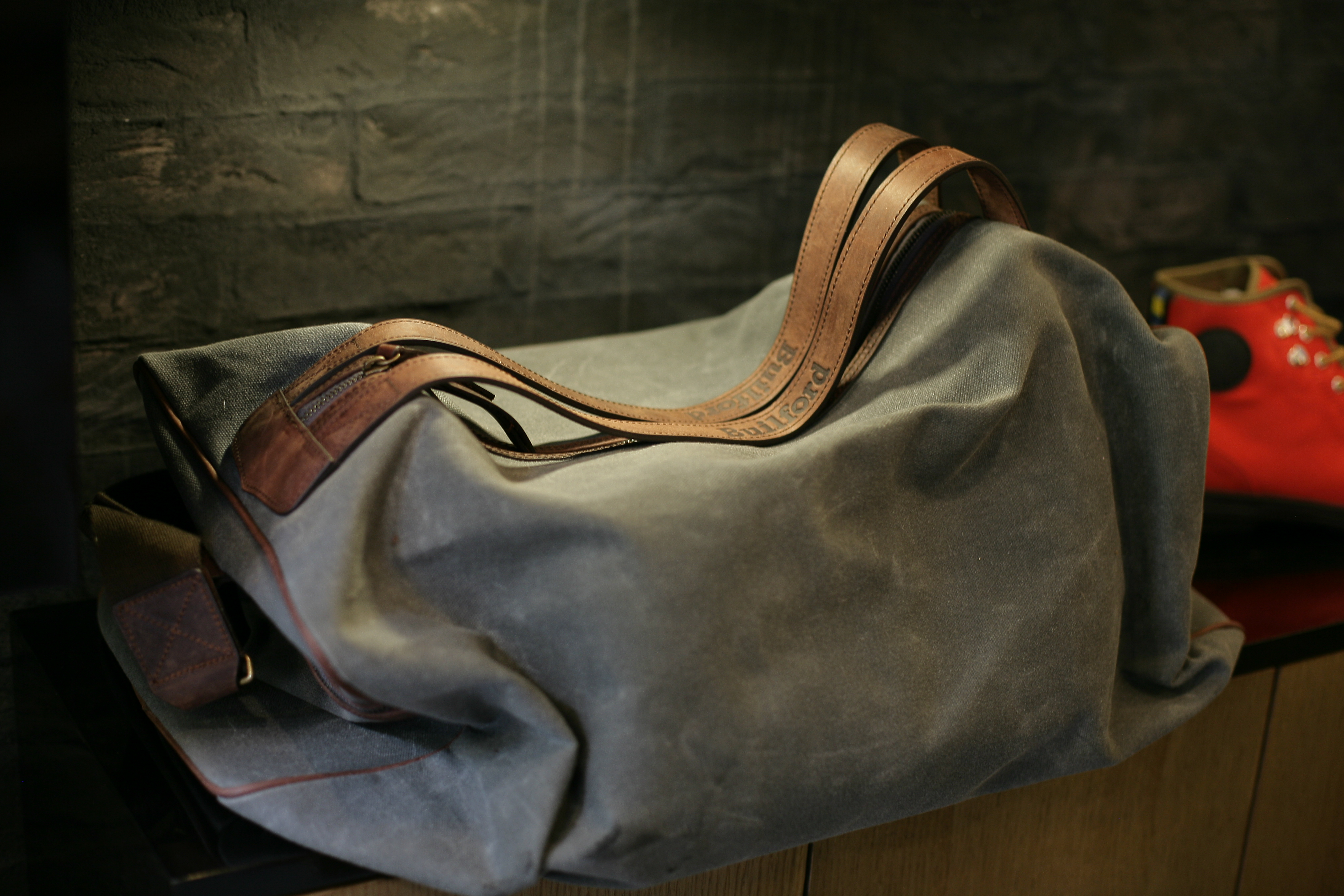 Waxed Canvas Duffle Bags - Good for Travel | D. Editor